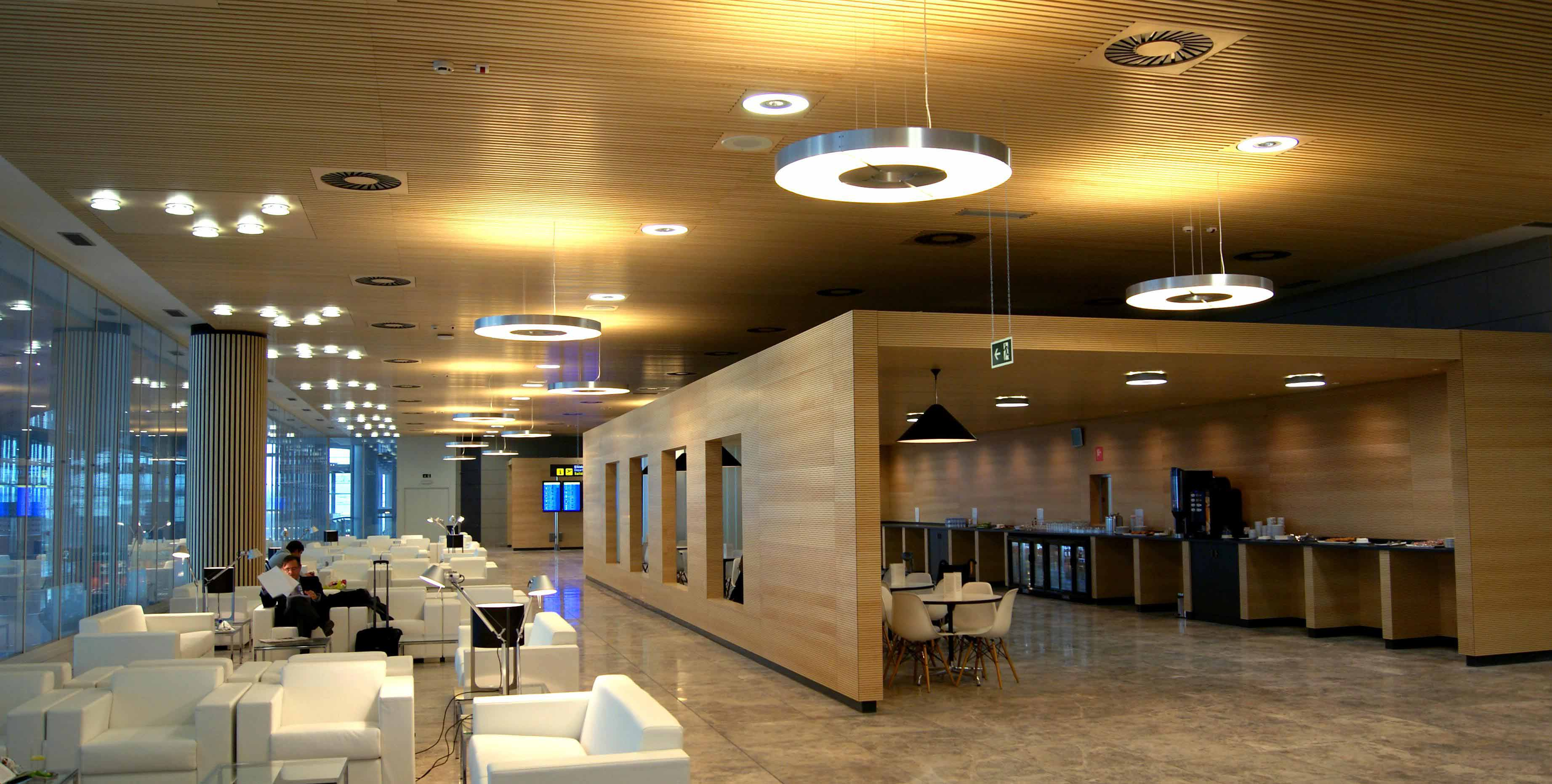 Sala Ifach VIP Lounge Alicante Airport